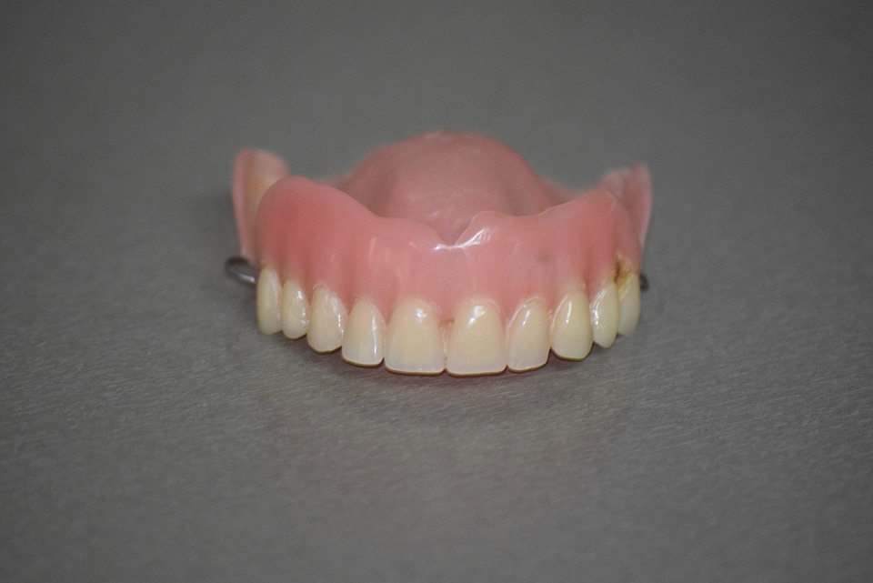 How To Use OlivaFix Gold Denture Adhesive